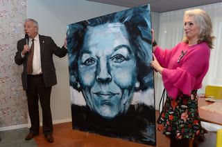 Schilderij van oud-koningin Beatrix